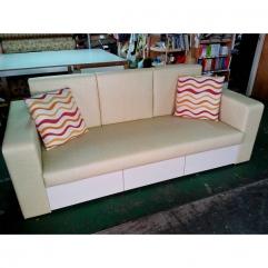 收納型沙發